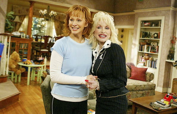 "Dolly Parton Guest Appearance on The WB's ""Reba"""