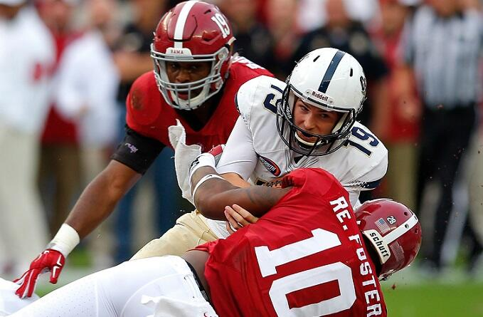 TUSCALOOSA, AL - NOVEMBER 21:  Kyle Copeland #19 of the Charleston Southern Buccaneers is tackled by Reuben Foster #10 of the Alabama Crimson Tide at Bryant-Denny Stadium on November 21, 2015 in Tuscaloosa, Alabama.  (Photo by Kevin C. Cox/Getty Images)