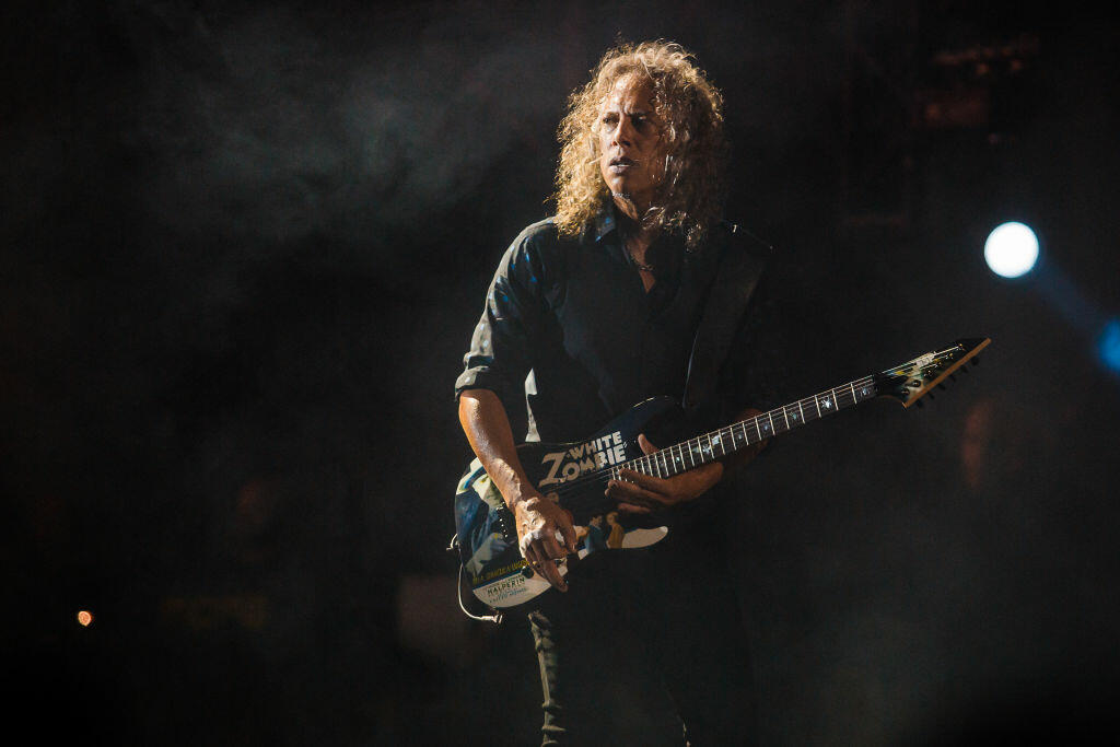 SAO PAULO, BRAZIL - MARCH 25: Kirk Hammett of the band Metallica performs live on stage at Autodromo de Interlagos on March 25, 2017 in Sao Paulo, Brazil. (Photo by Mauricio Santana/Getty Images)