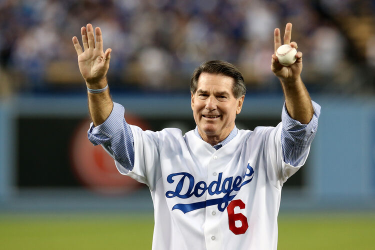 Atlanta Braves v Los Angeles Dodgers - Game Four