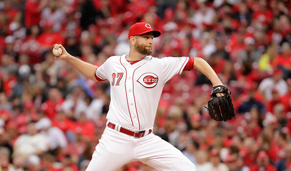 CINCINNATI, OH - APRIL 03:  Scott Feldman #37 of the Cincinnati Reds throws a pitch against the Philadelphia Phillies on Opening Day for both teams at Great American Ball Park on April 3, 2017 in Cincinnati, Ohio.  (Photo by Andy Lyons/Getty Images)