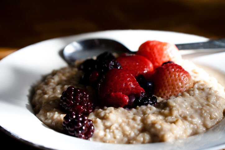 Oats with berries