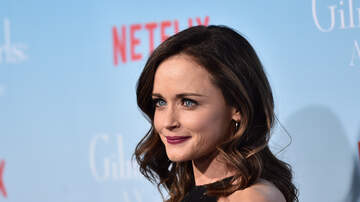 Nate Connors - Alexis Bledel Is The Celebrity Who Carries The Most Viruses