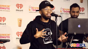 Dunkin' Donuts Iced Coffee Lounge - Devvon Terrell Performs Cold Water Cover Live