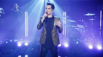 Entertainment News - Panic! At The Disco Fan Returns Stolen Award With Apology Letter