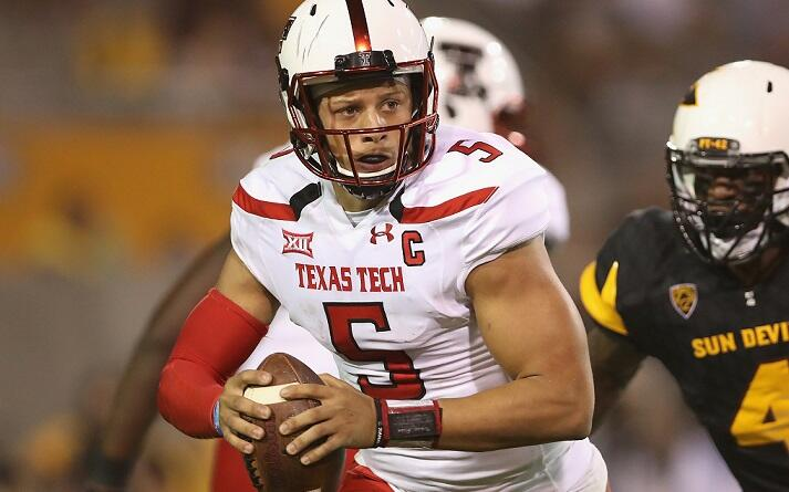 TEMPE, AZ - SEPTEMBER 10:  Quarterback Patrick Mahomes II #5 of the Texas Tech Red Raiders scrambles to pass during the college football game against the Arizona State Sun Devils at Sun Devil Stadium on September 10, 2015 in Tempe, Arizona.  (Photo by Chr