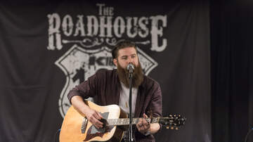 The K102 Roadhouse - PHOTOS: Jordan Davis in the K102 Roadhouse
