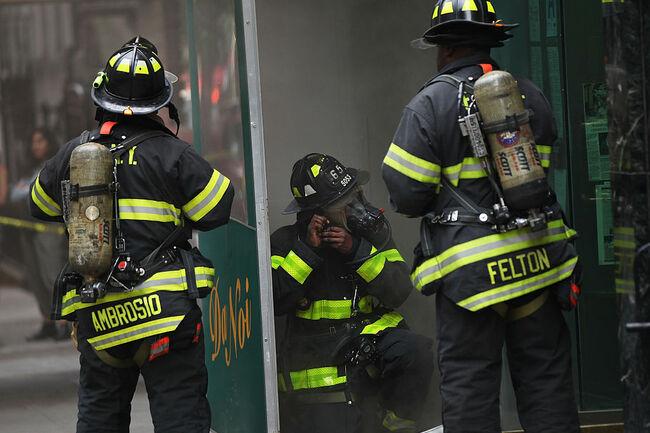 Fire In Midtown Manhattan Snarls Evening Commute
