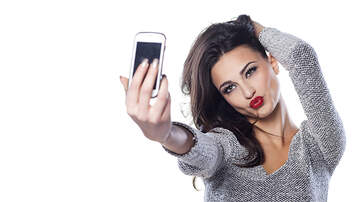 Shara Fryer - POLL: Could You Go A Year Without Your Smartphone?