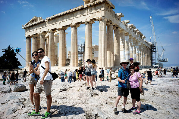 Greek Government Look Set To Default On Crucial Debt Repayment