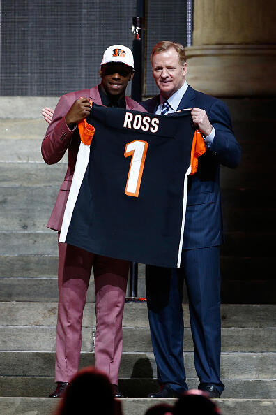 PHILADELPHIA, PA - APRIL 27:  (L-R) John Ross of Washington poses with Commissioner of the National Football League Roger Goodell after being picked #9 overall by the Cincinnati Bengals during the first round of the 2017 NFL Draft at the Philadelphia Museum of Art on April 27, 2017 in Philadelphia, Pennsylvania.  (Photo by Jeff Zelevansky/Getty Images)