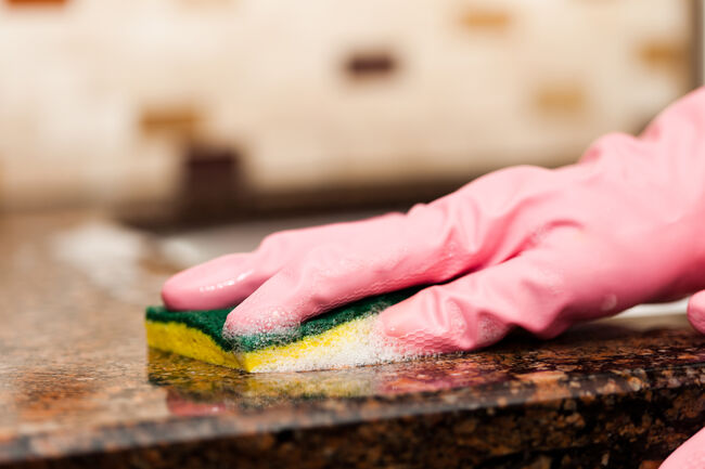 Cleaning granite counter top