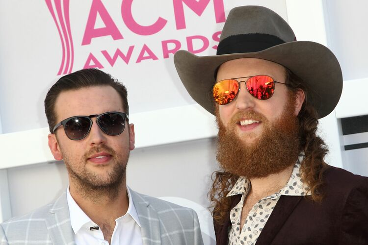 US-ENTERTAINMENT-MUSIC-COUNTRY-ARRIVALS