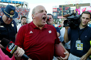 BSS: Irreplaceable Wisconsin Sports Figures in 2017: #4: Barry Alvarez