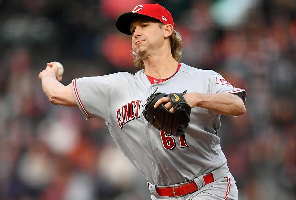 SAN FRANCISCO, CA - MAY 11:  Bronson Arroyo #61 of the Cincinnati Reds pitches against the San Francisco Giants in the bottom of the first inning at AT&T Park on May 11, 2017 in San Francisco, California.  (Photo by Thearon W. Henderson/Getty Images)