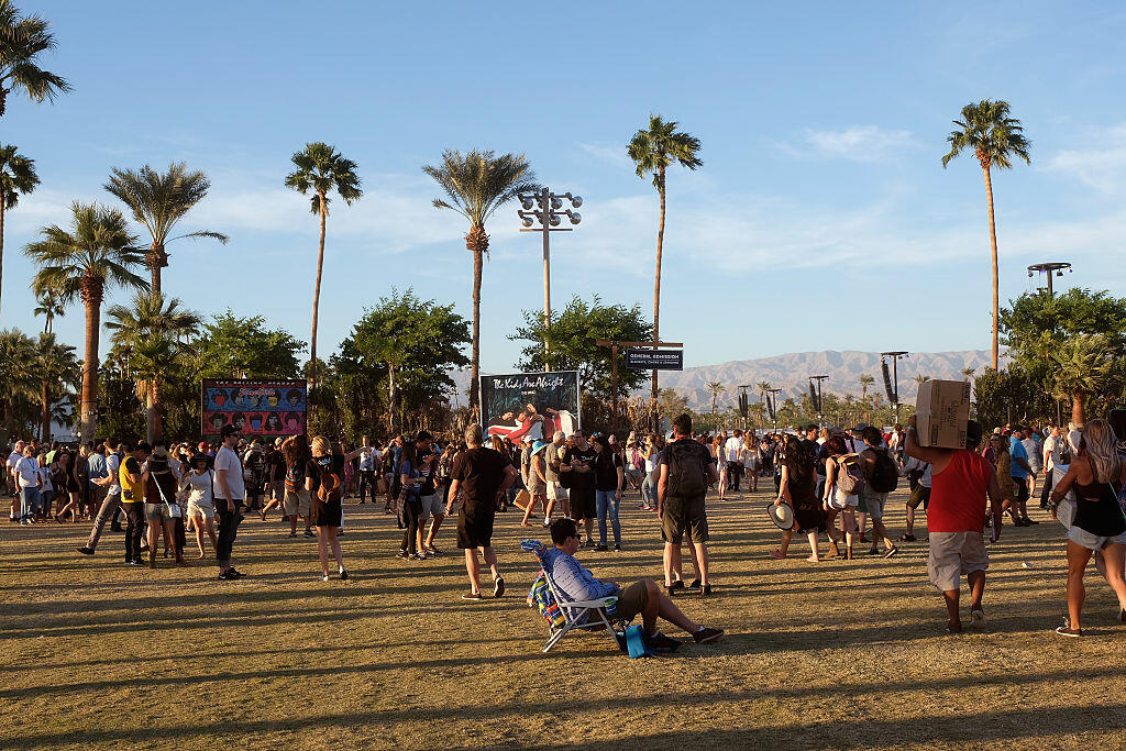 INDIO, CA - OCTOBER 16:  Music fans attend Desert Trip at the Empire Polo Field on October 16, 2016 in Indio, California.  (Photo by Frazer Harrison/Getty Images)