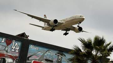 Kramer - L.A. Airport Opens Terminal Only For Rich & Famous