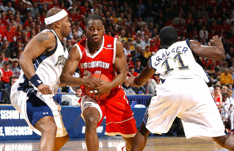 2004 NCAA 2nd Round: Wisconsin v Pittsburgh