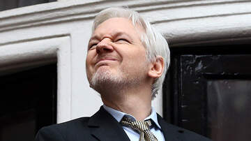 Ian Wheatley - WATCH:  Julian Assange Arrested
