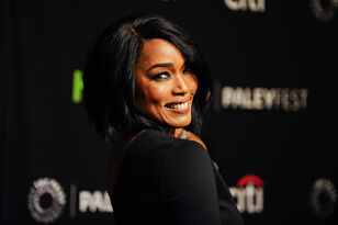Angela Bassett Stars In The New FOX Drama '9-1-1'