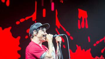 ALT 1063 - Check This Out - PHOTOS: Red Hot Chili Peppers