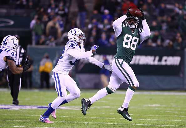 Seferian-Jenkins, right, catches pass for his former team against the Colts