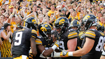 Simon Conway - Iowa Reps propose law allowing college athletes to be paid. Right or wrong?