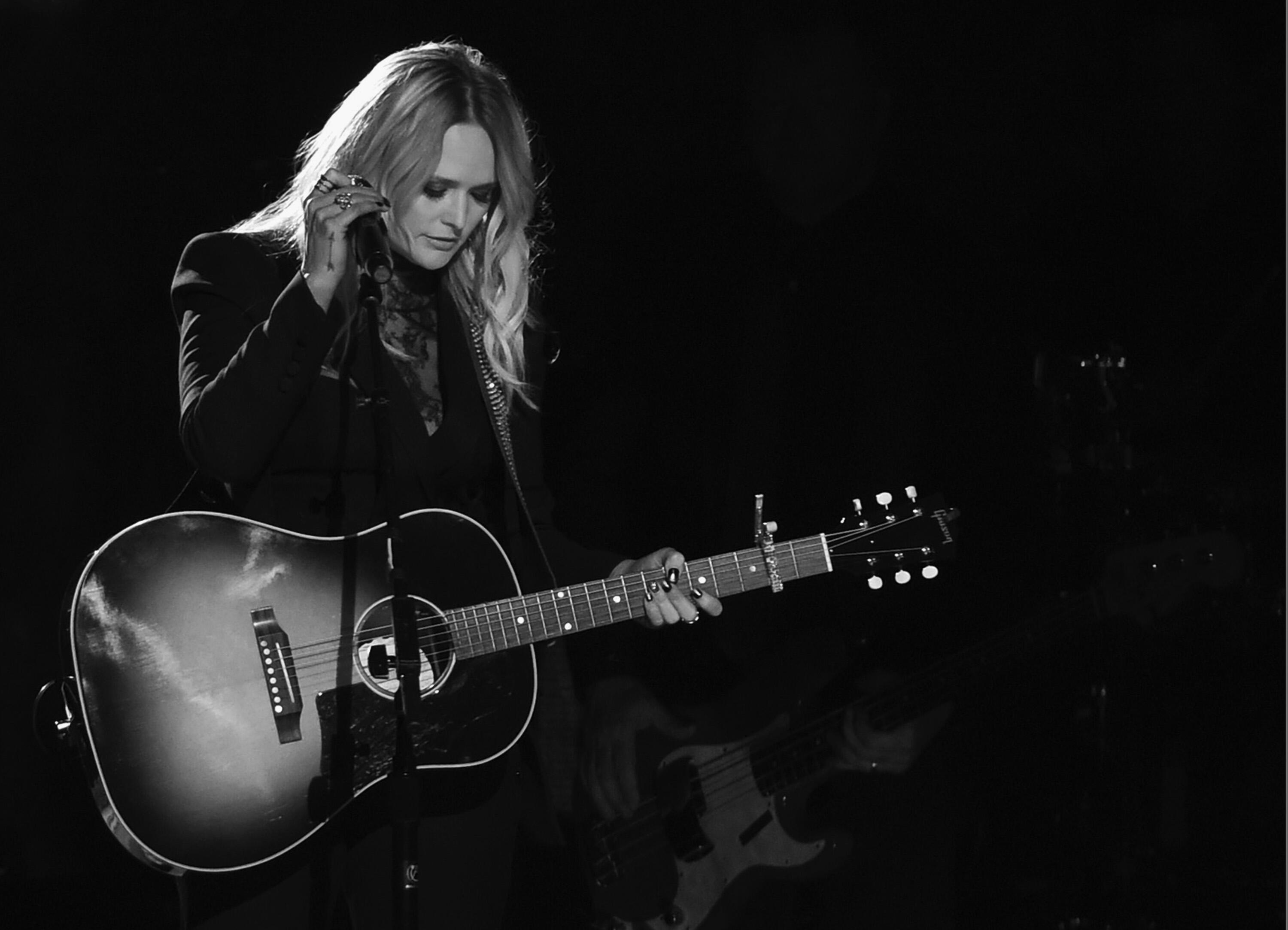 NASHVILLE, TN - NOVEMBER 02: (EDITORS NOTE: Image has been converted to black and white) Miranda Lambert performs during the 50th annual CMA Awards at the Bridgestone Arena on November 2, 2016 in Nashville, Tennessee.  (Photo by Rick Diamond/Getty Images)
