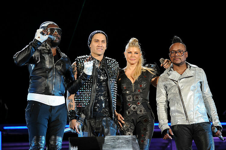 """CHASE Presents The Black Eyed Peas and Friends """"Concert 4 NYC"""" Benefiting the Robin Hood Foundation - Show"""