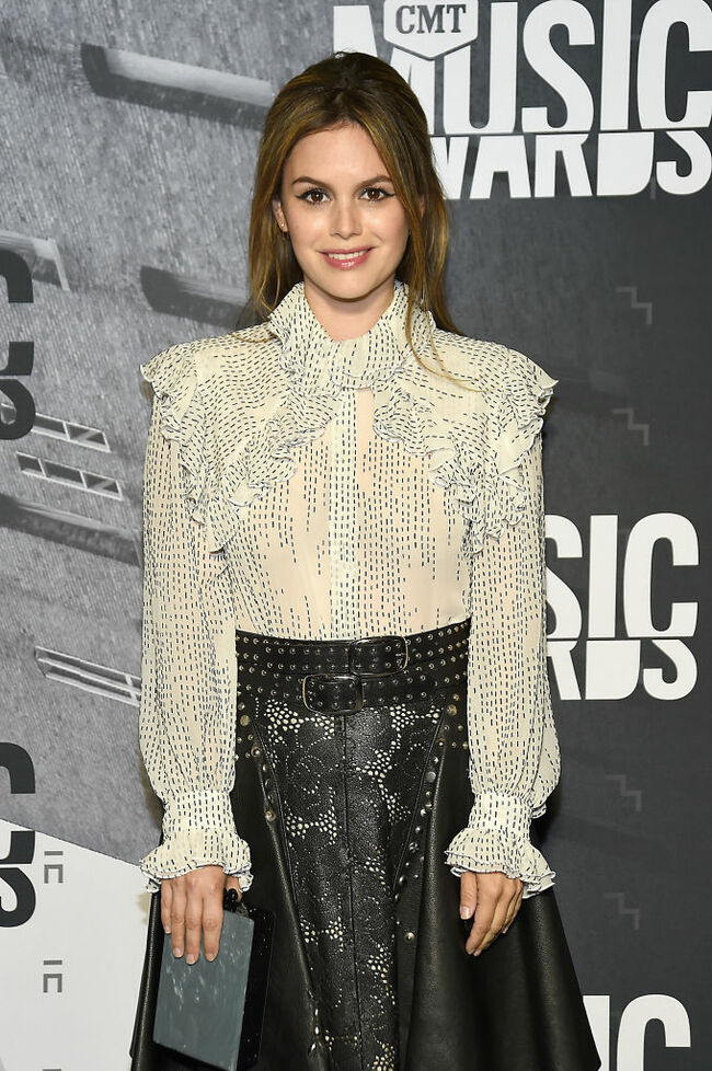 2017 CMT Music Awards - Rachel Bilson.