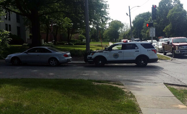 30 block police chase after report of shooting at cop car | 1040 WHO