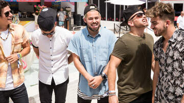 iHeartRadio Summer Pool Party - Los 5 Play The Mouth Guard Challenge During iHeartSummer '17 Weekend