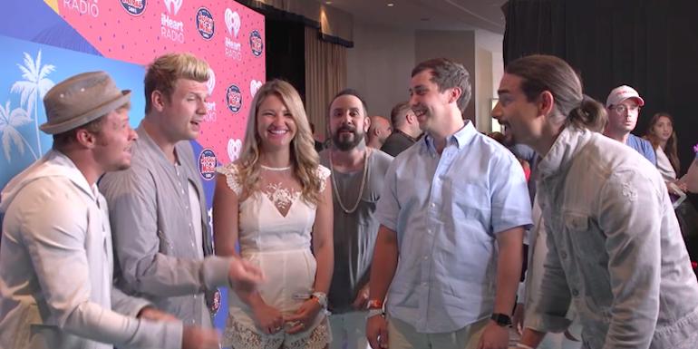 Backstreet Boys Serenaded Two Fans In Miami (VIDEO)
