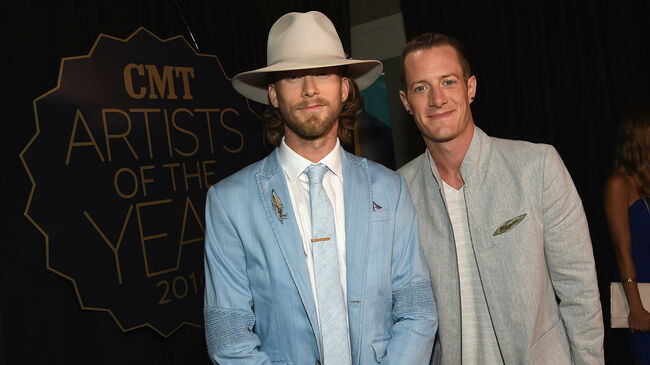 CMT Artist of the Year - Red Carpet