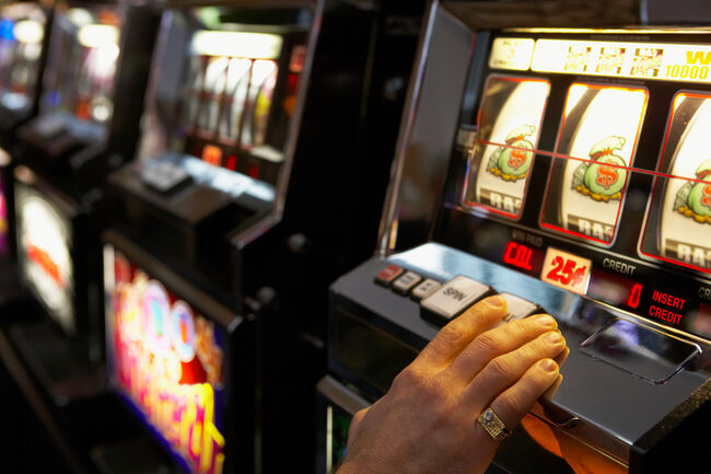 21-Year Old Calls 911 After Losing All Her Money In Casino