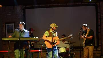 Photos - Camm Lewis and The Live Oaks