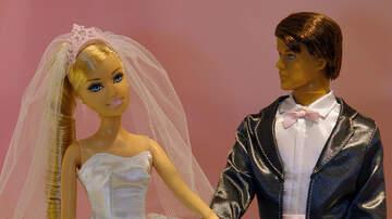 Nikki Reid - See the winning TOILET PAPER WEDDING DRESS!