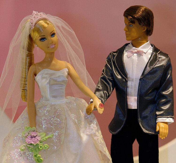 """Dolls of """"Barbie"""" and her friend """"Ken"""" i"""