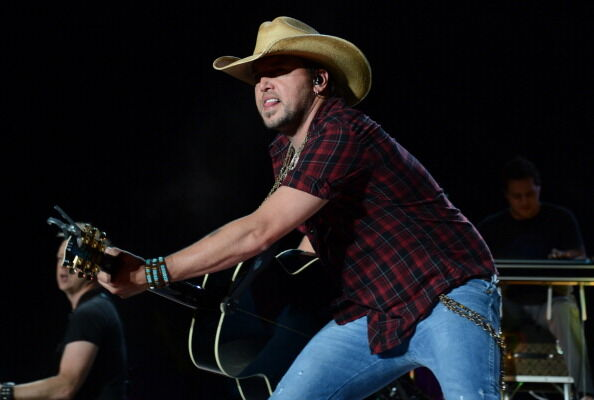 Jason Aldean performs on day one of the