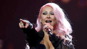 Big Nat - Christina Aguilera's Whitney Houston Tribute Met with Mixed Reviews