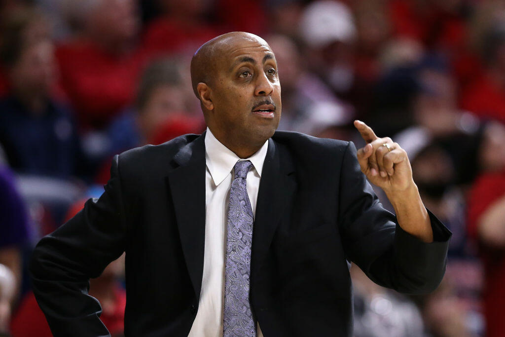 TUCSON, AZ - JANUARY 29:  Head coach Lorenzo Romar of the Washington Huskies reacts during the first half of the college basketball game against the Arizona Wildcats at McKale Center on January 29, 2017 in Tucson, Arizona.  (Photo by Christian Petersen/Getty Images)
