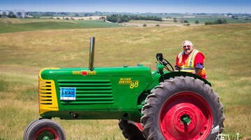 Tractor Ride Blog - 2017 Tractor Ride Photos: Blue Group
