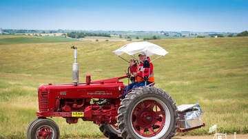 Tractor Ride Blog - 2017 Tractor Ride Photos: Yellow Group