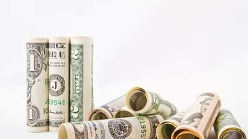 Simply Money. - Economy grows with little signs of recession