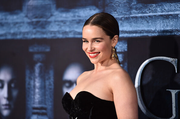 Emilia clarke dyes her hair just like daenerys wendy wild 1035 ktu premiere of hbos game of thrones season m4hsunfo