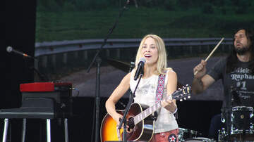 St. Joseph's Health Amphitheater Photos - Sheryl Crow & Margo Price at St. Joseph's Health Amphitheater (Photos)