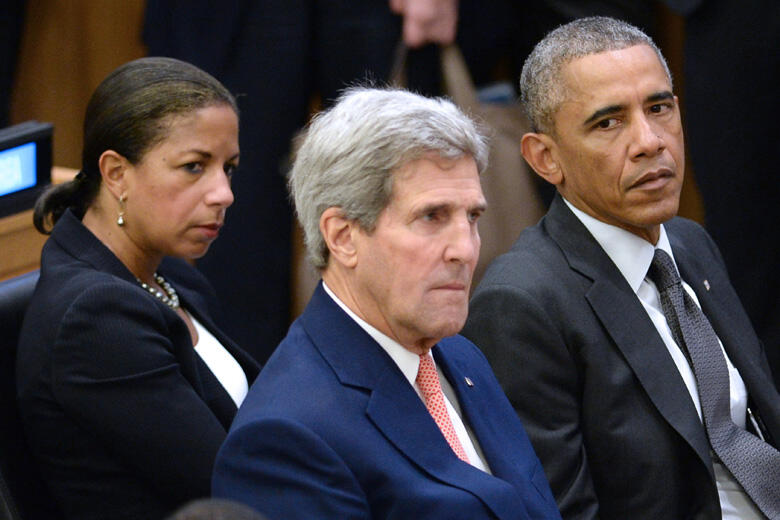 NEW YORK, NY - SEPTEMBER 25:  (AFP OUT) (L-R) U.S National Security Advisor Susan E. Rice, U.S. Secretary of State John Kerry and U.S. President Barack Obama sit before Obama gives remarks at a special high-level meeting regarding the Ebola virus outbreak