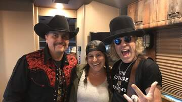 Country Thunder - Sandwiches, Ramen and Seahorse soaps with Big & Rich and Emily!