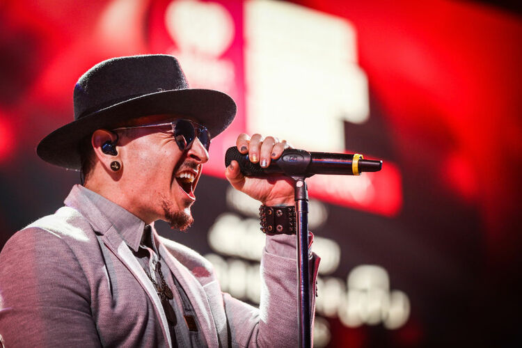 Chester Bennington of Linkin Park performs on stage at the iHeartRadio Album Release Party presented by State Farm at the iHeartRadio Theater Los Angeles on May 22, 2017 in Burbank, California