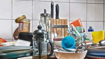 Suzanne And Greg In The Morning - Science Says Seeing Clutter Changes Your Brain